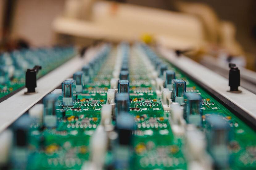 Diseño y desarrollo de dispositivos electrónicos a medida
